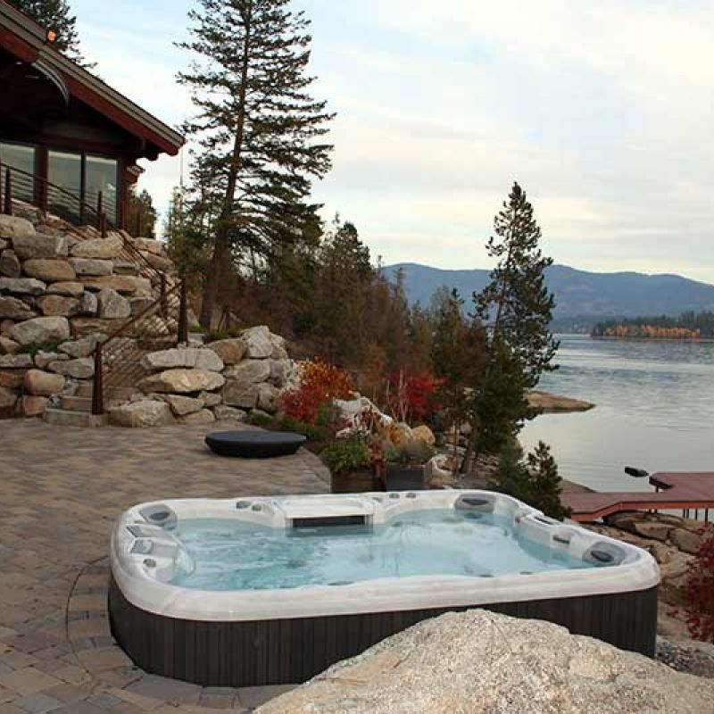 hot tub for sale in Calgary