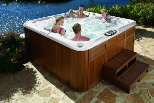 How to Throw the Best Hot Tub Party