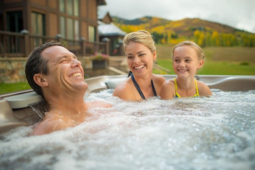 Ways a Hot Tub Can Help You Live a Better Life